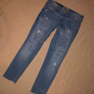 Hollister Cropped Destroyed Skinny Jeans 3 26W